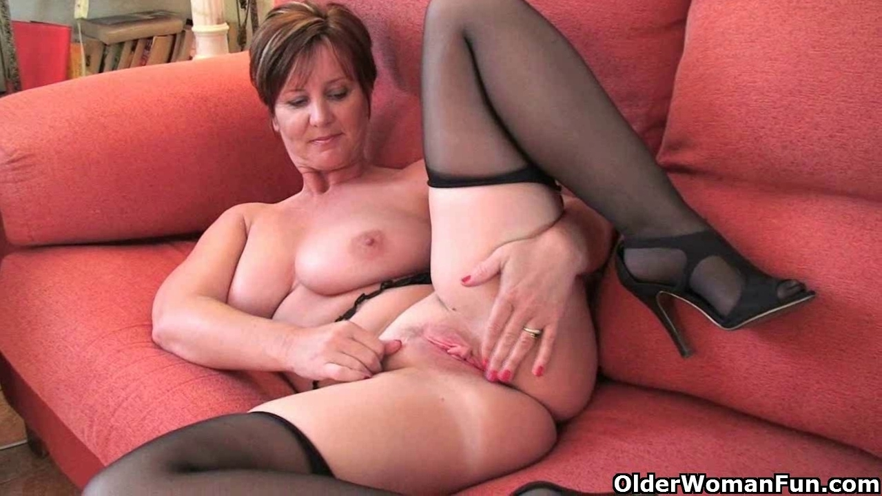 50yr old uk milf deep dirty anal solo 9