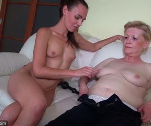 film junge frau masturbiert