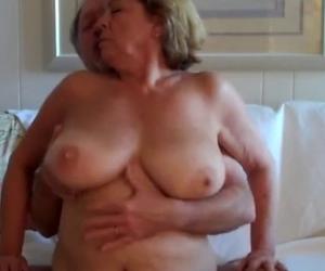 gute pornos für paare frau fingert ihre muschi