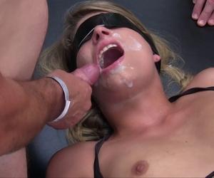 Amateur Mom zum ersten Mal Pornofilm