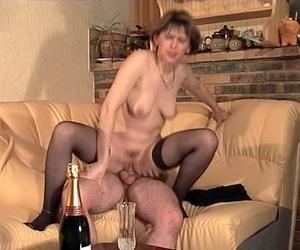 Frau fickt Frau Swinger megasesso web cam masturbation