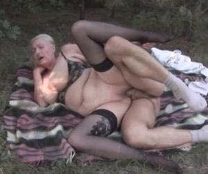 kosstenlose pornofilme reife mösen ficken