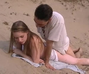Anal Sex am Strand - pornofilmzone