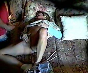Anne Beim Masturbieren Erwischt