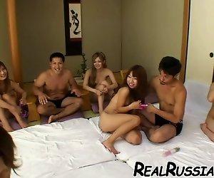 JAPANISCHE GRUPPE SEX !!