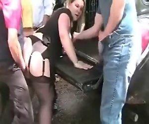 Öffentliche dogging von hinten pick-up-truck