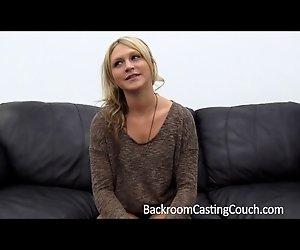 Nur ungern Anal und Creampie auf der Casting-Couch