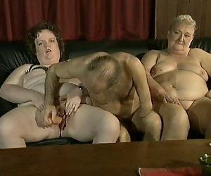 Dirty Old Mature Swinger-Party