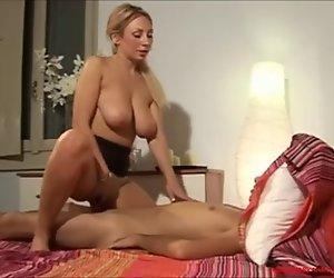 Blonde Mutter