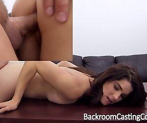 Überraschung Nymphomanin Anal Casting