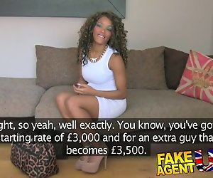 FakeAgentUK Unerfahrenen ebony amateur bekommt getäuscht fake