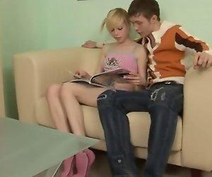 Russische blonde teen Alisa