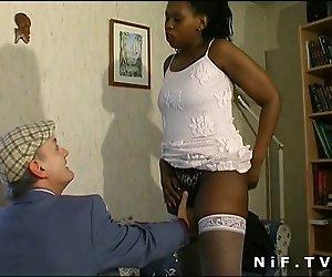 Französisch Papy voyeur fickt eine Fette schwarze Mädchen
