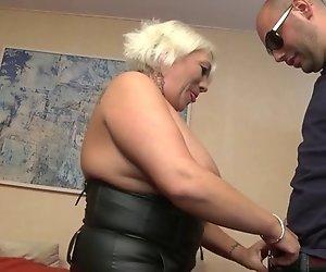 Joyce ein Französisch Bbw mature wer liebt anal