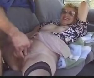 Outdoor mature lady liebt Dogging