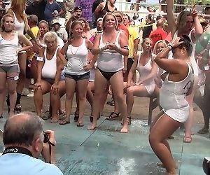 Amateur-Wet T-Shirt Contest - Ponderosa 2013
