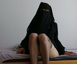 Niqab anal-solo