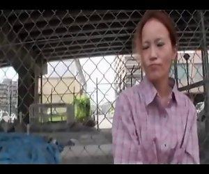 42yr Plain old Mom Eiko Takigawa Gefickt Gut (Unzensiert)