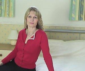 Geile MILF / Reife Frauen zeigen Ihre rocking Körper