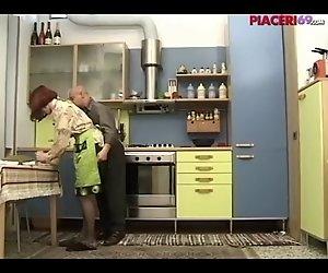 Casalinga italiana scopata - italienischen Haus Frau