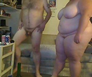 BBW Paar vor der cam
